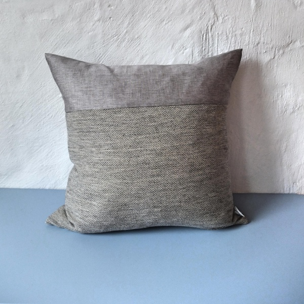 Bilde av Gråsau FOLDOVER cushion | Neutral | Platinum 001 Sand