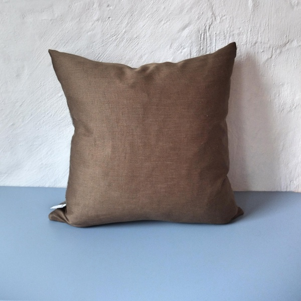 Bilde av Gråsau FOLDOVER cushion |Neutral| Brass 002 Spett